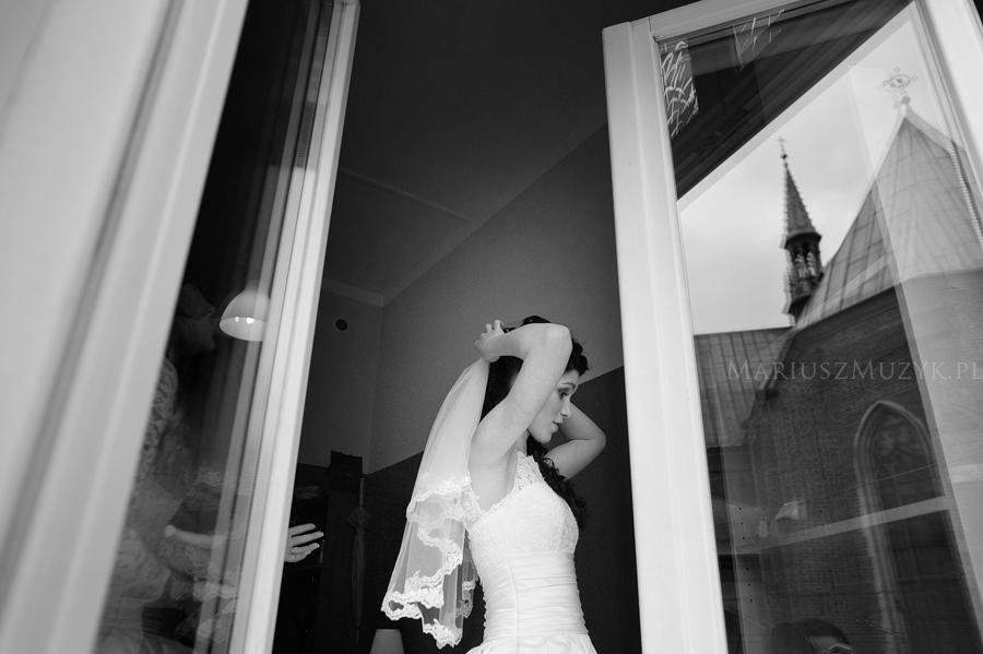 0037_preparing_wedding_cracow_photo
